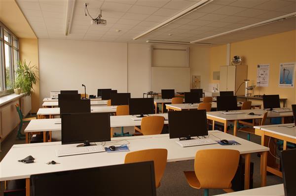 Klassenzimmer (I)
