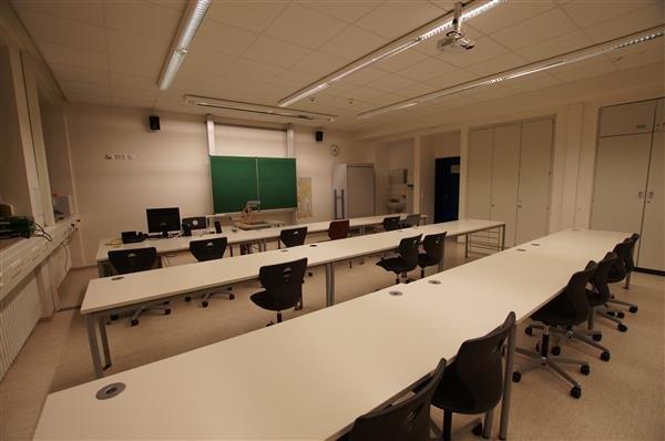 Klassenzimmer (III)