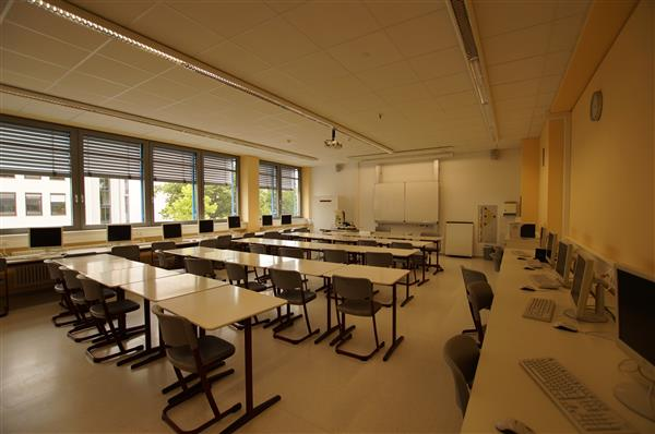 Klassenzimmer (II)